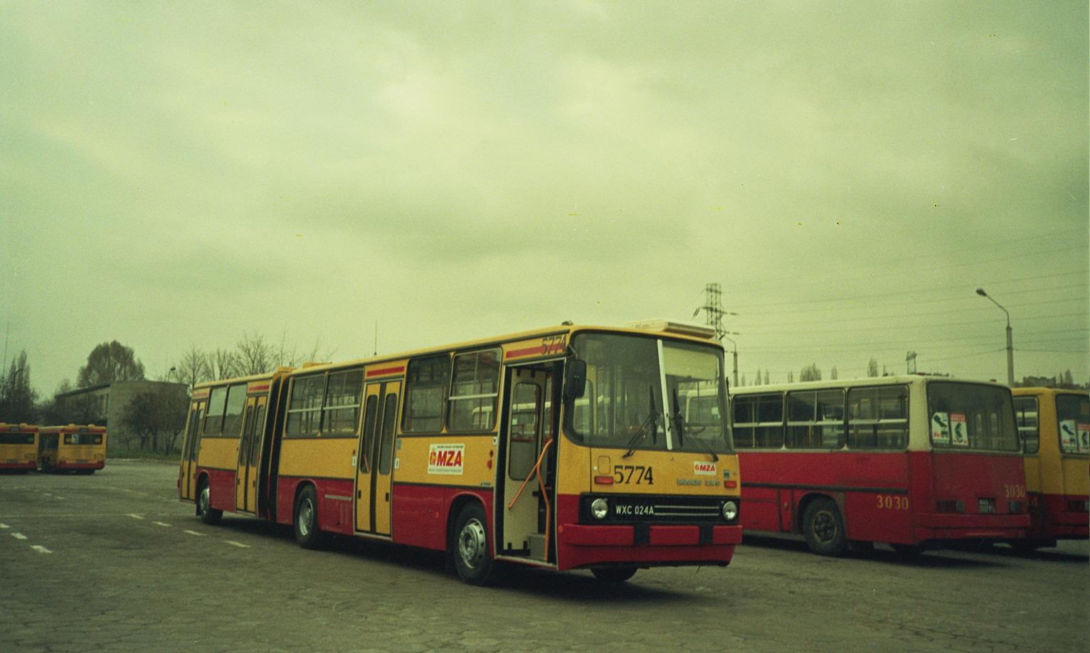 Ikarus 280.70E MZA Warszawa
